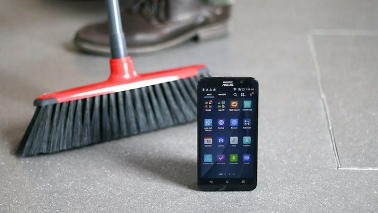 Clean Android Phone's speakers
