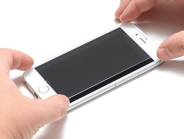 Solved - Step by Step Guides on How to Get a Screen Protector to Restick on  Android